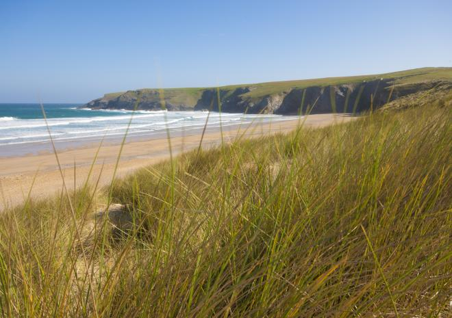 Holywell Bay Beach | Newquay | Beaches in Cornwall c Visit Cornwall / Adam Gibbard