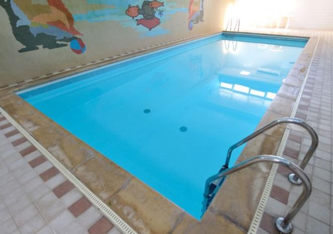 Hotel bristol Hotels in bristol with swimming pool