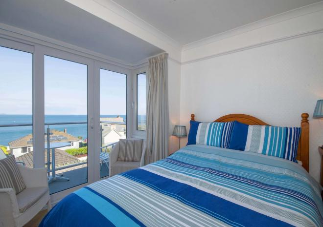 Seaview B&B double en-suite bedroom with private balcony