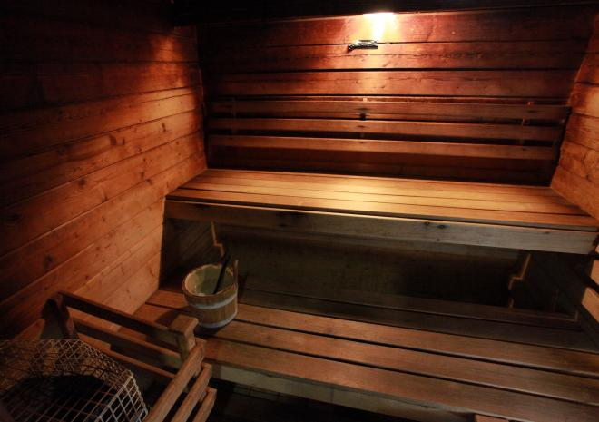 Sauna, steam room