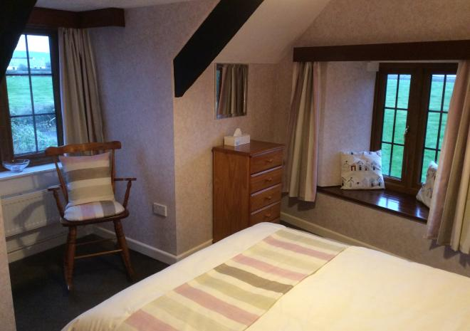 Beaver Cottages - Smithy bedroom