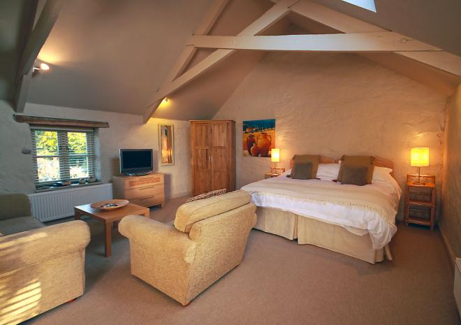 The Granary at Trenderway Farm, Bed and Breakfast, Looe, South Cornwall