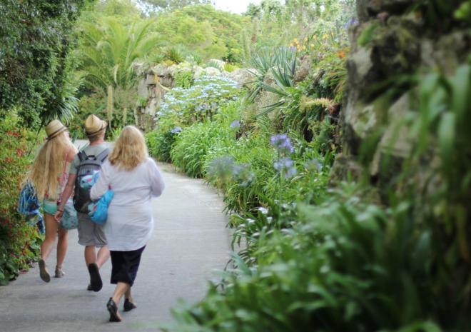 Tresco Island Activities, Walking