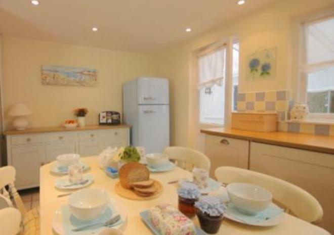 Waterlily Holiday Cottage, Probus, Truro, Cornwall