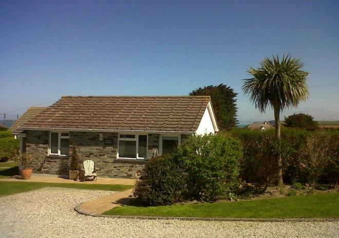 Lerryn Cottage, Yellow Sands Cottages, Harlyn Bay, Padstow, Cornwall