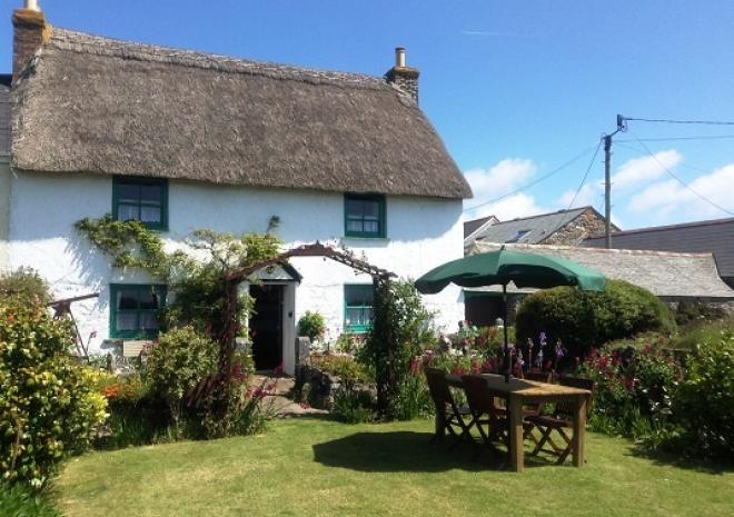 Little Trenoweth,The Most Southerly Thatched Grade II Listed Cottage in England Self Catering Cottage, The Lizard, Cornwall