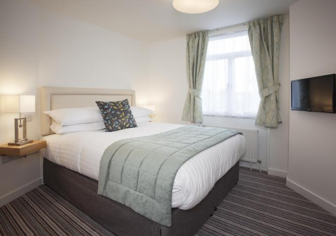 Falmouth self catering suites bedroom