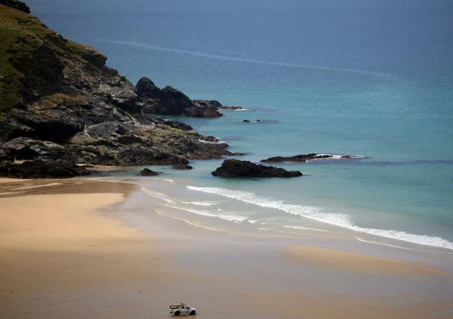 Mawgan Porth Beach | Beaches in Cornwall  c Visit Cornwall / Jason Flint