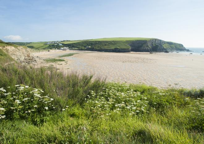Mawgan Porth Beach, North Coast, Cornwall c Adam Gibbard/Visit Cornwall