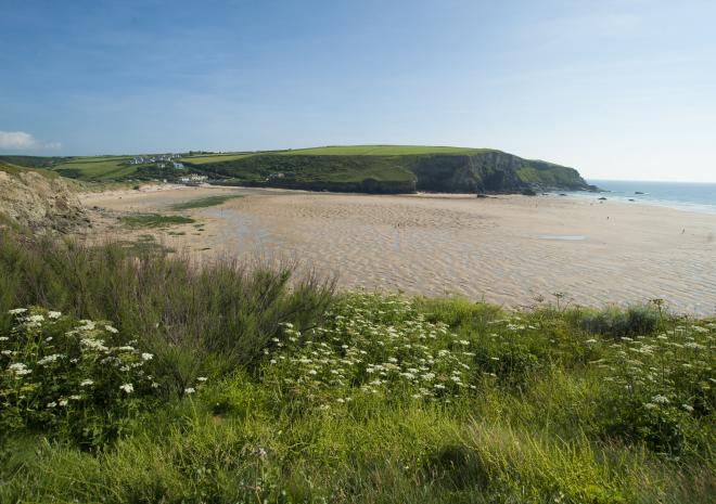 Mawgan Porth Beach | Beaches in Cornwall