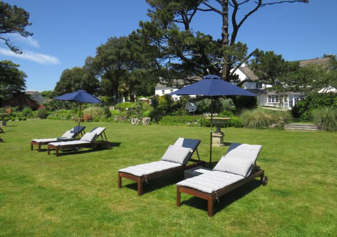 Sun beds, Talland Bay Hotel, Cornwall