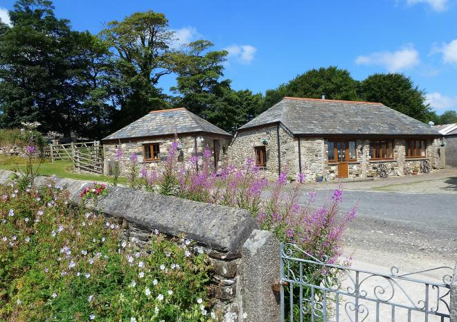 The Old Wagon House and Stable are great for couples, for a romantic stay way.