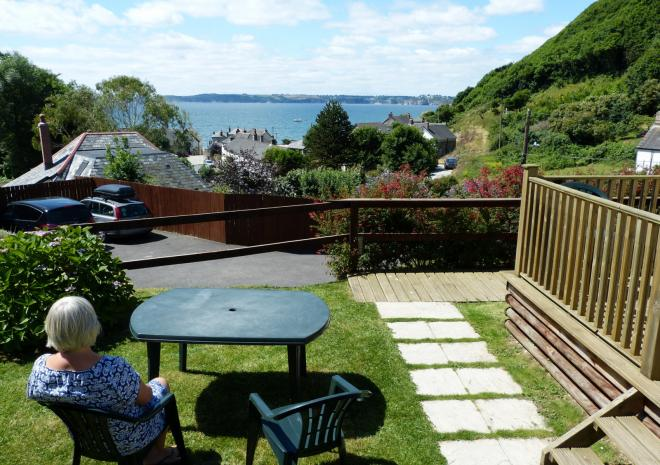 Caravan holiday park Cornwall, Polkerris Holidays Beside theSea, St Austell, Fowey, Cornwall