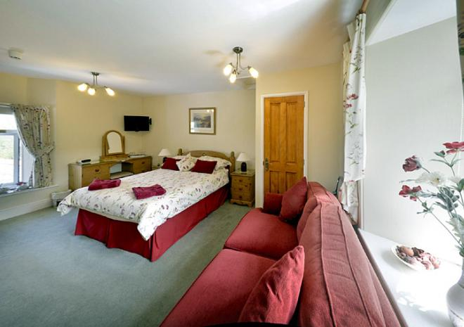 The Old Coach House, Boscastle, North Cornwall, B&B, Pentargon Room