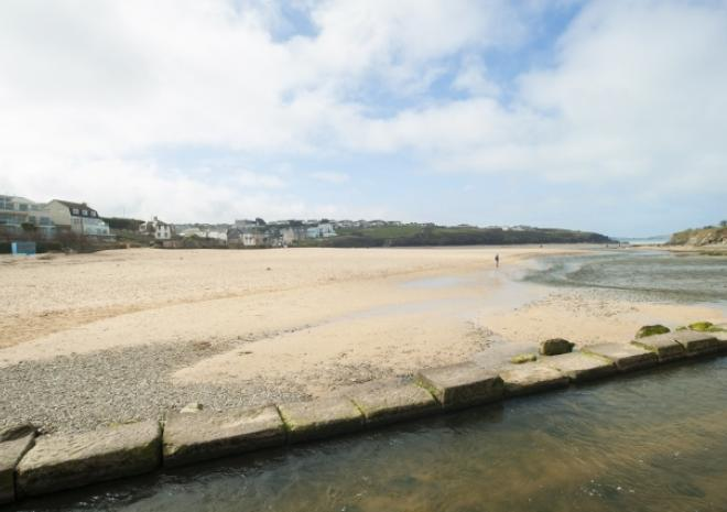 Porth Beach, Newquay, Cornwall c Adam Gibbard