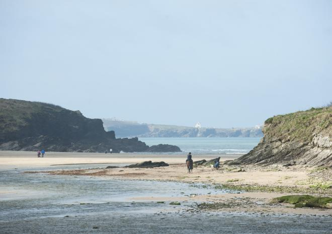 Porth Beach | Newquay | Beaches in Cornwall c Adam Gibbard