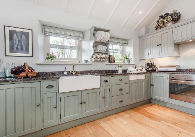The lovely light kitchen in thatched Ring and Thimble