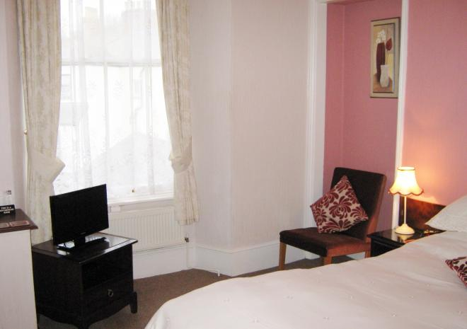 Dunedin Bed and Breakfast, Penzance, West Cornwall