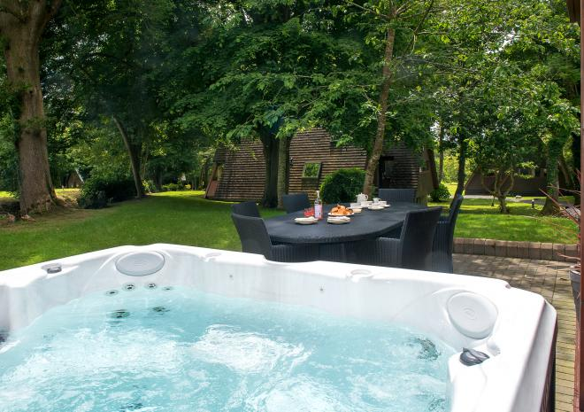 Clowance Estate , Self Catering , West Cornwall, Park Collection, Hot Tub