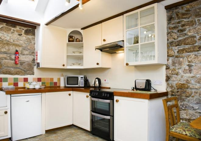 Bespoke kitchen in Rosemary Cottage