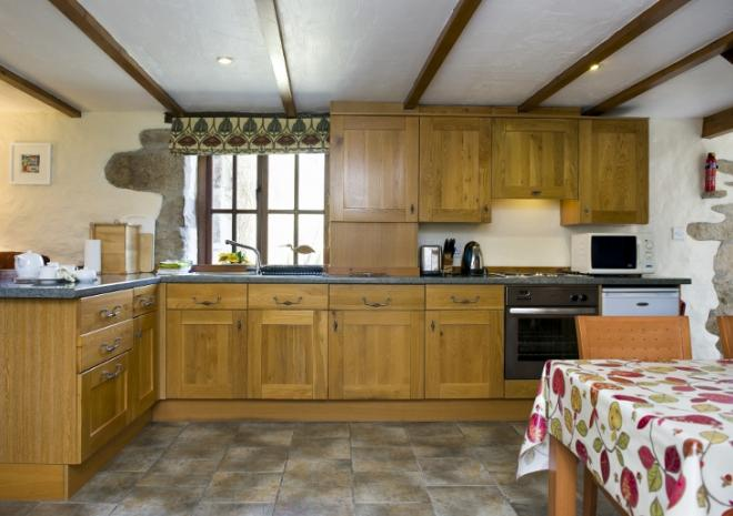 Farmhouse Style Kitchen in Thyme