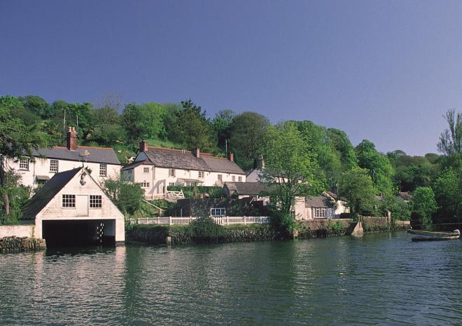 The Riverside, Self Catering Cottage, Helford, South Cornwall