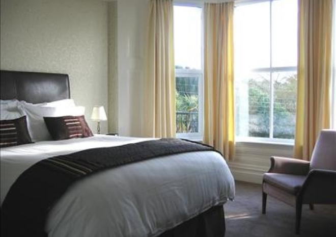 Bed and Breakfast in Cornwall , Elmswood House , Par , Fowey , St Austell , Cornwall
