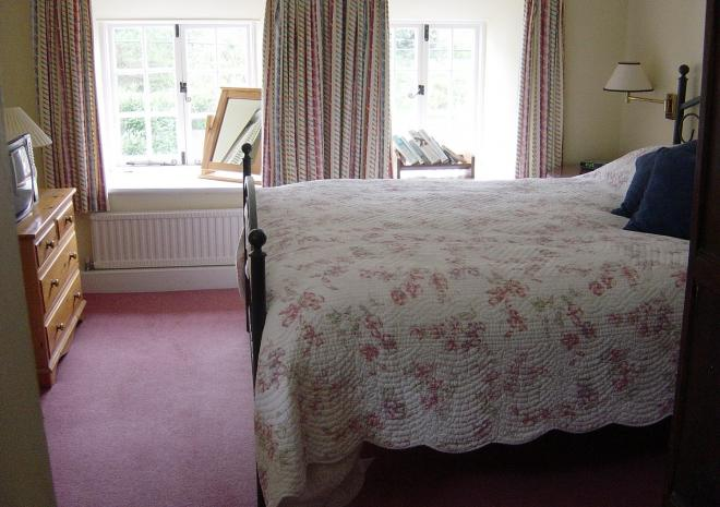 The Riverside, Self Catering Cottage, Helford, South Cornwall, Bedroom