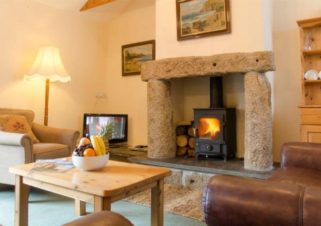 Cottages in Cornwall , Trengove Farm Cottages , Redruth , Cornwall