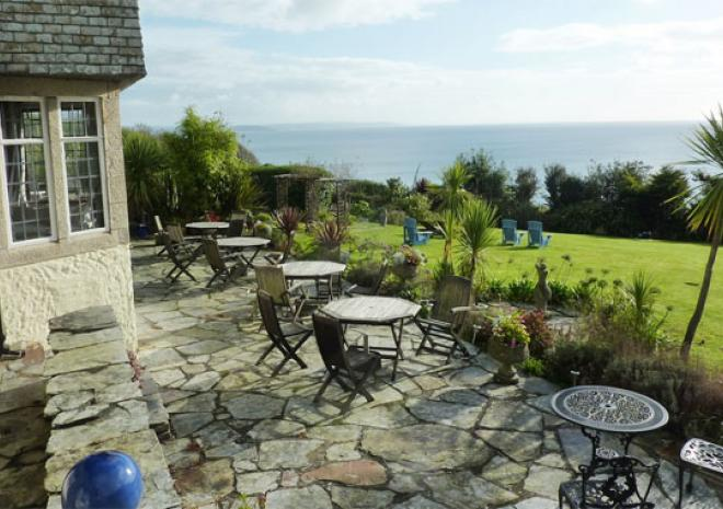 Hotel in Cornwall | Trevalsa Court Hotel | Mevagissey