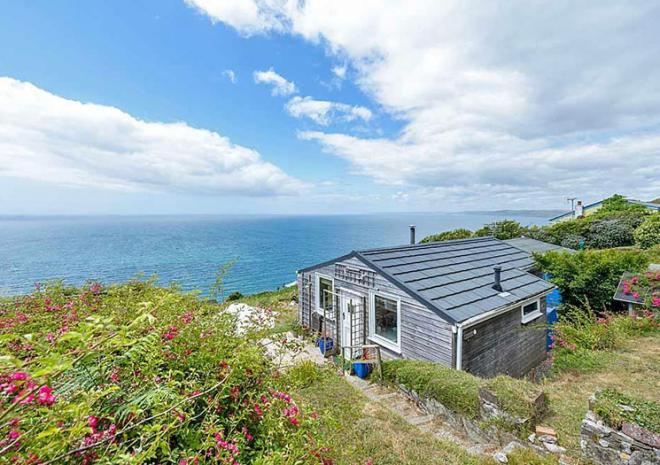 Self catering in Cornwall , Beach Retreats , Watergate Bay , Newquay , Cornwall
