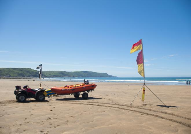 Beaches in Bude Cornwall | Widemouth Bay Beach