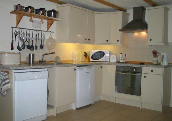 Wreckers Kitchen | Cottages in Cornwall | Higher Rosevine Farm | Portscatho | Cornwall