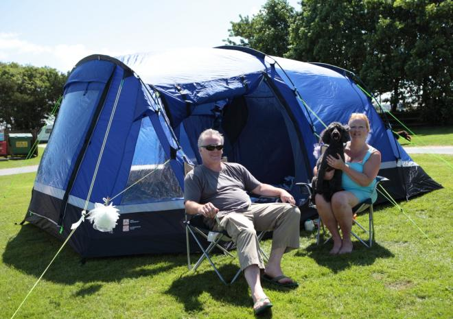 Camping, tent, pet friendly