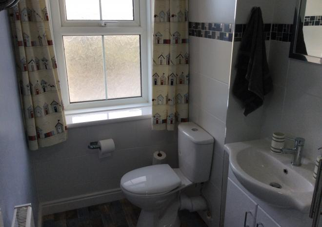Beaver Cottages - Lodge family bathroom