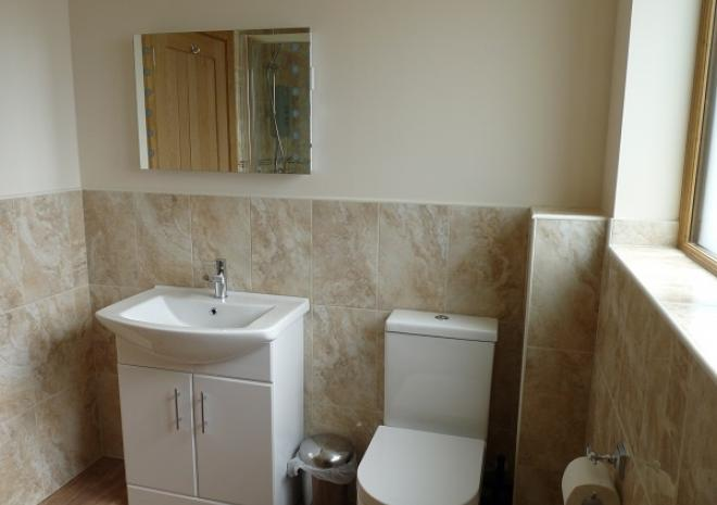 Treworgans Holiday Park, self catering cottage, North Cornwall, Bathroom