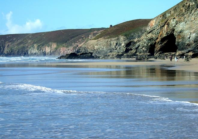 Great walks along Porthtowan Beach