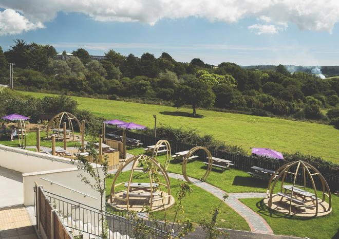 county-arms-cornwall-truro-hotels-st-austell-brewery-beer-garden