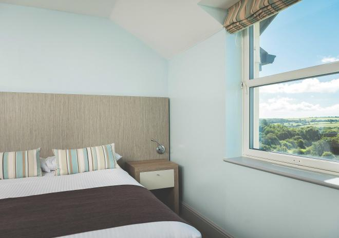 county-arms-truro-cornwall-cornish-hotels-st-austell-brewery