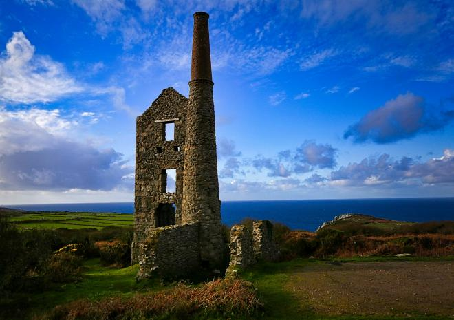 Carn Galver, Cornwall. Engine house. Landscape Photography Workshops.