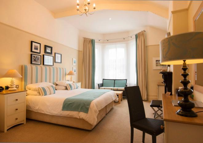 double-room-old-custom-house-cornwall-padstow-st-austell-brewery