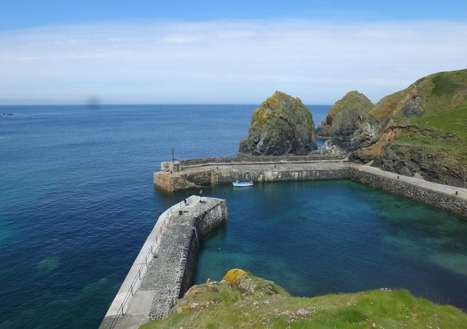 Mullion Cove-AONB-MCamp