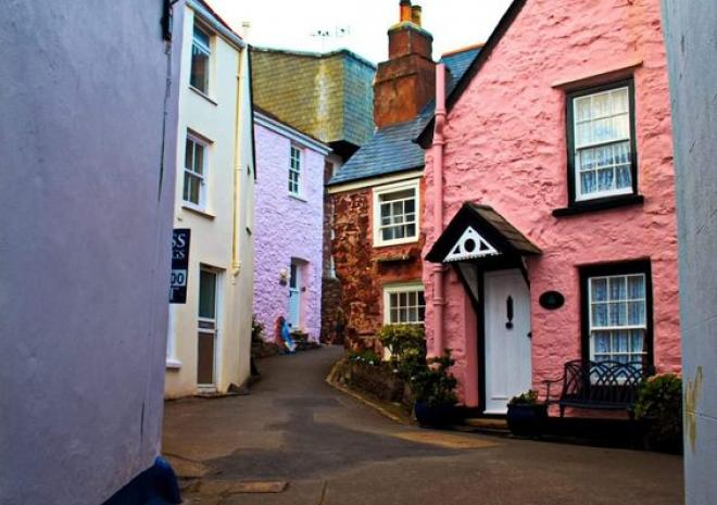 Winding streets of Cawsand
