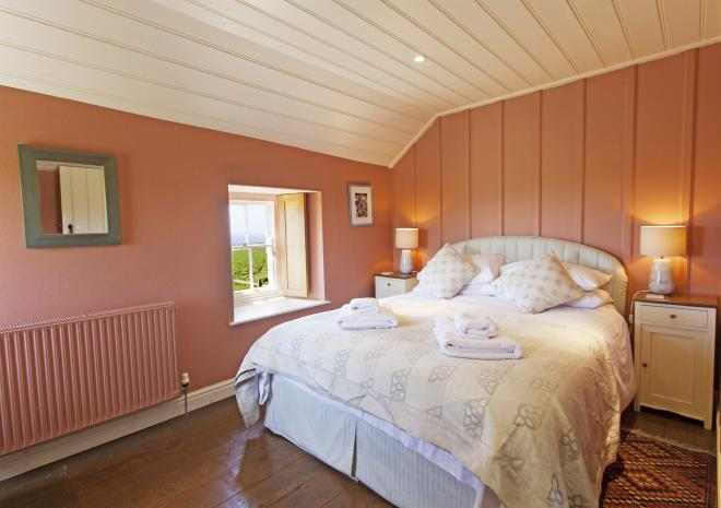 Faraway Cottage Bedroom