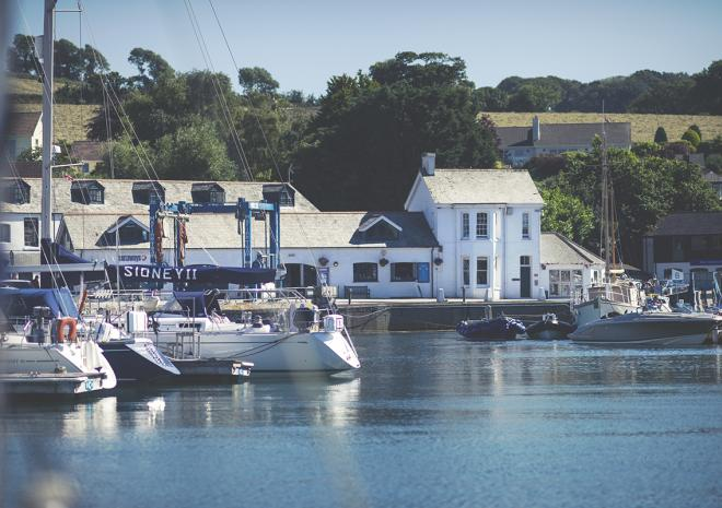 Self catering in Mylor Yacht Harbour Cornwall | Mylor Harbourside Holidays | Falmouth