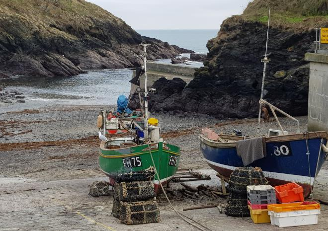Beavh and boats at nearby Porthscatho