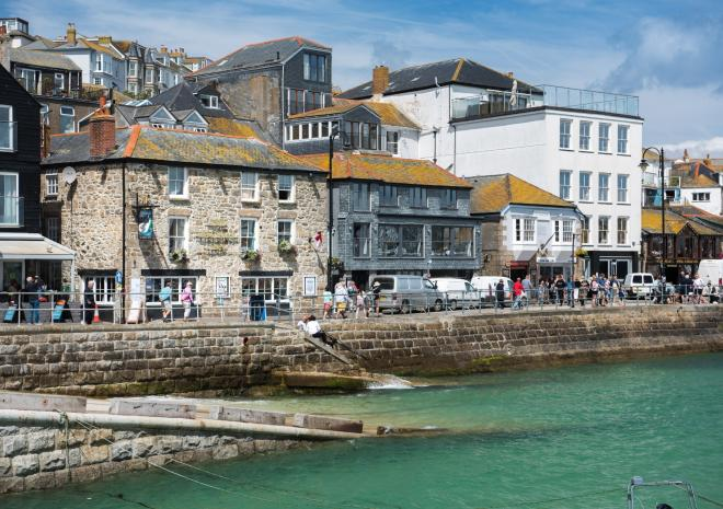st-ives-hotel-cornwall-lifeboat-inn-st-austell-brewery