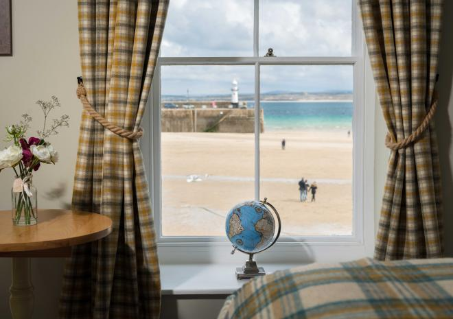 lifeboat-inn-st-ives-cornwall-hotel-st-austell-brewery