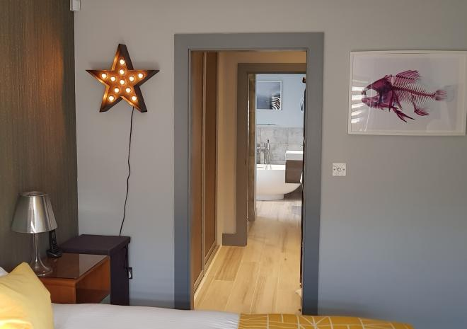 Dressing room and adjoing en suites to Master bedroom Little Pebble House, Mevagissey