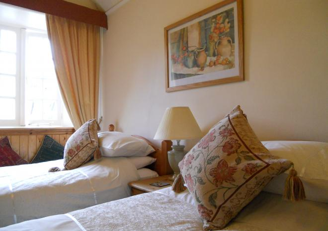 Twin Room Bed and Breakfast Polraen Looe Cornwall